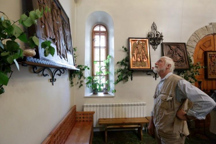 Выставка резной иконы