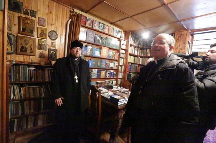 Апостольский нунций в РФ архиепископ Иоанн Юркович в доме протоиерея Александра Меня