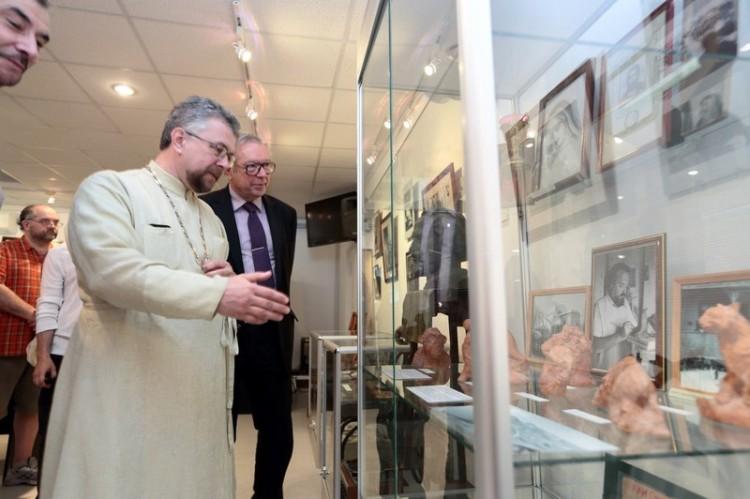 Кшиштоф Занусси в музее протоиерея Александра Меня в Дубраве