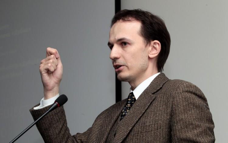 Выступление Олега Устинова