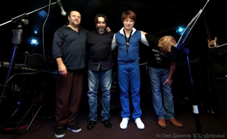 Джоэл Тэйлор, Александр Миронов, Святослав Текучев и Григорий Ведмедь