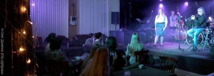 Концерт трио Александра Миронова и Елизаветы Пчеленковой
