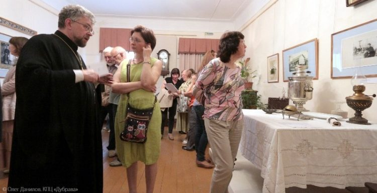 Открытие выставки Хотьково в лицах