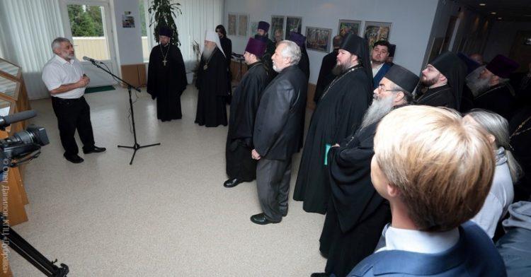 Открытие выставки художника Александра Юликова