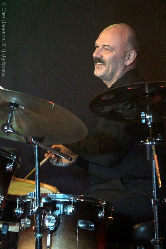 Игорь Игнатов