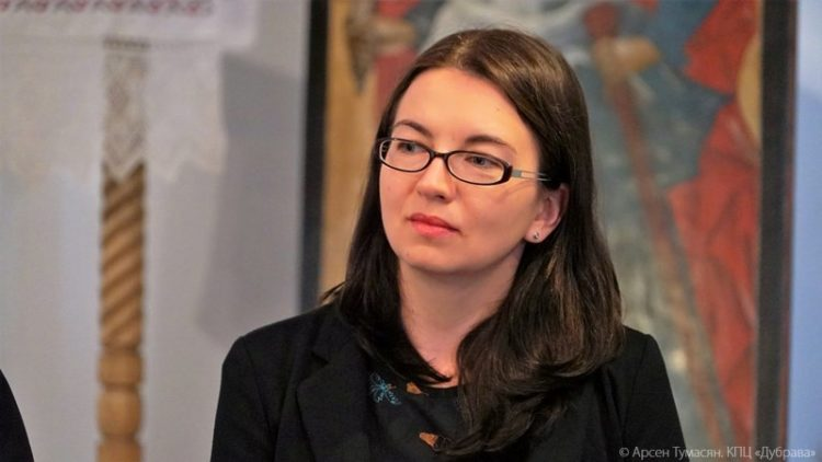 Алена Харко