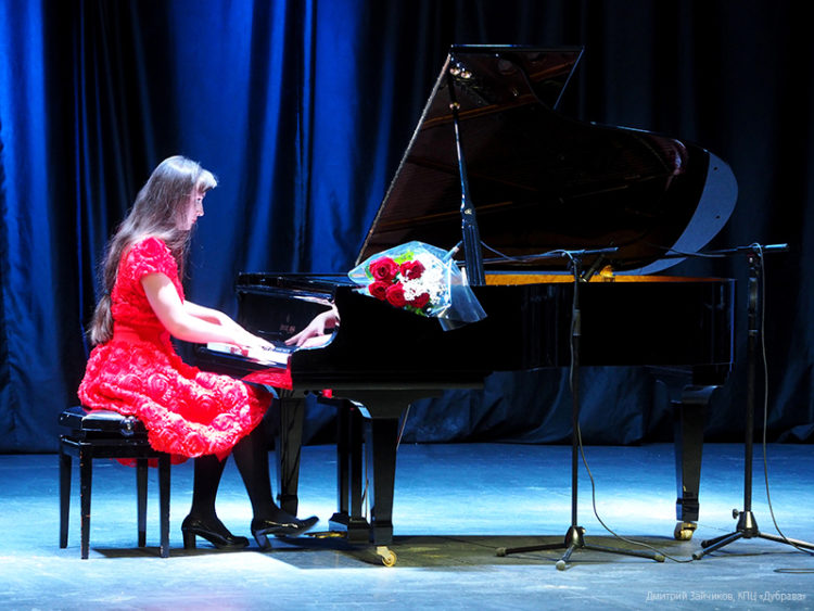 Концерт Лизы Курило