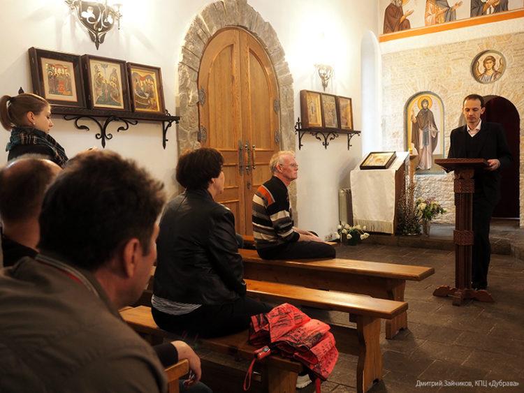 Лекция Олега Устинова в Сергиевском храме